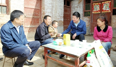 郭大為調研脫貧攻堅和重點項目建設