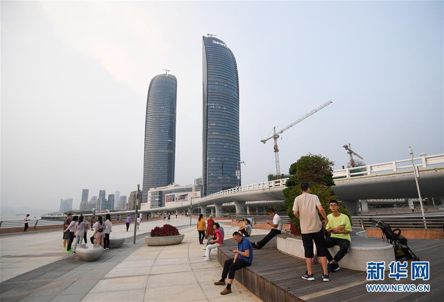 (新华全媒头条・图文互动)(8)创造新时代中国特色社会主义的更大奇迹――以习近平同志为核心的党中央关心经济特区发展纪实